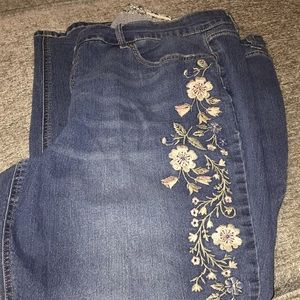 Denim - Flower leg jeans